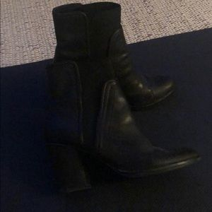 Kenneth Cole Black Booties